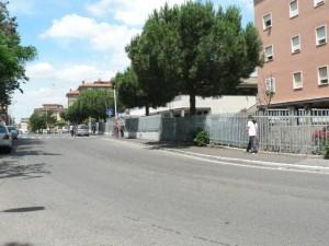 Foto del 2008, via Turino di Sano vista dall'ingresso della Parrocchia.