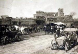 Foto del 1908, via Casilina vecchia, oggi c'è l'inizio di via di Torvegata.