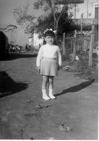 Foto anni 50, via Giovanni Duprè, sullo sfondo si intravedono le giostrine di una volta