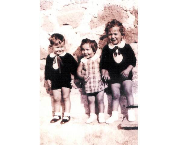 Foto del 1939, i cugini MARCHETTI, da sinistra Luigi, Silvana ed Azzerone.