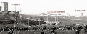 Foto inizi del 1900, in prospettiva: a sinistra il castello; al centro la tenuta di Sbardella; sulla destra le due Torri situate alla fine di via dei Ruderi di Torrenova.